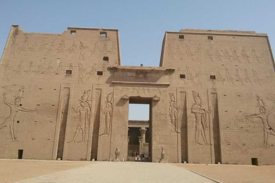 Excursies Egypte 3 Nights Nile Cruise  Aswan Luxor from Aswan  with  Abu simbel