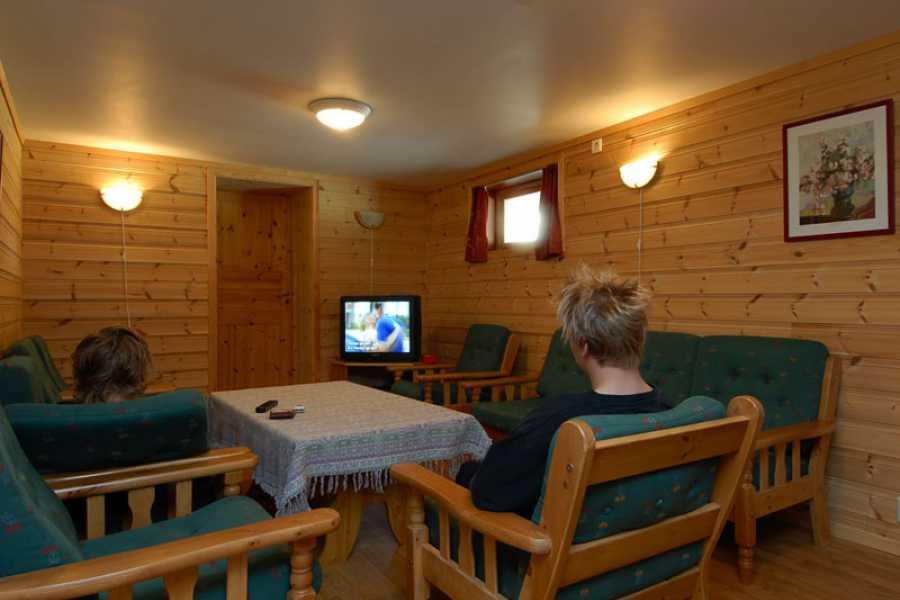 Juklafjord -Jondal Tourist Information Flatabø Overnatting- Øvre Krossdalen