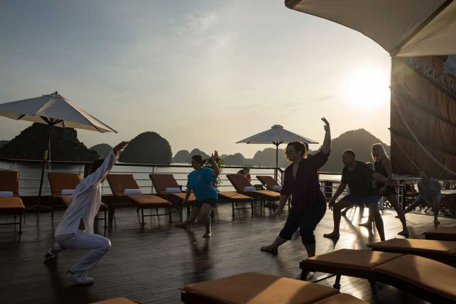 Friends Travel Vietnam Perla Dawn Sails Cruise | 2D1N Halong Bay
