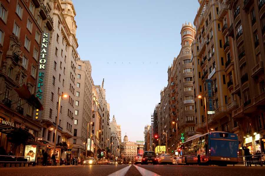 Urban Safari Tours Tuk Tuk: Discover Madrid