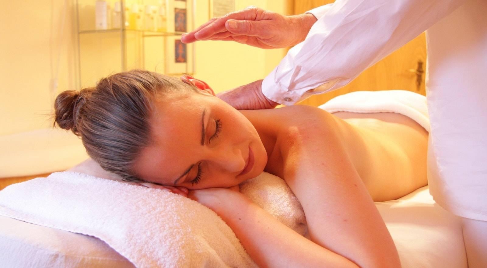 Expérience Spa - Massage de la Tête et des Épaules