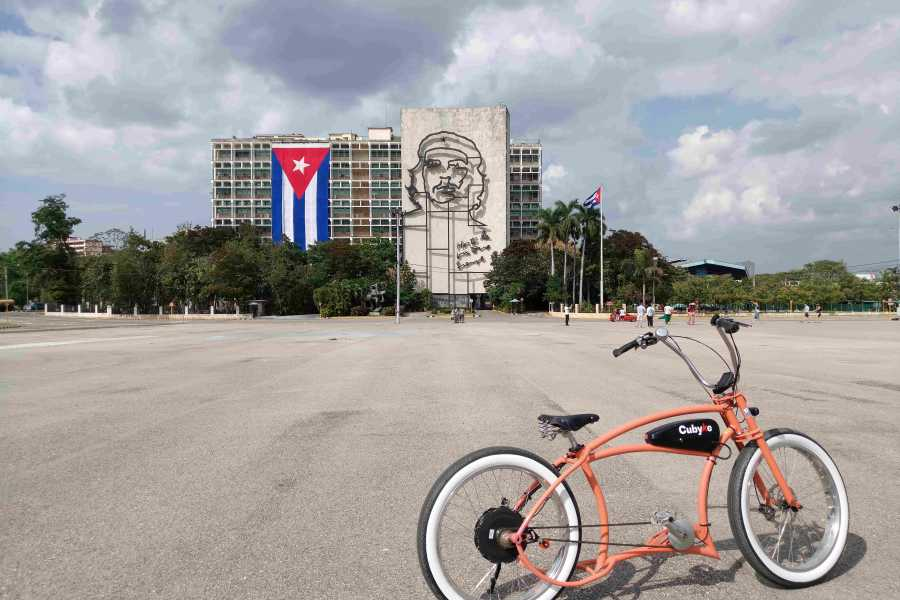Cubyke Travel Little star of Havana