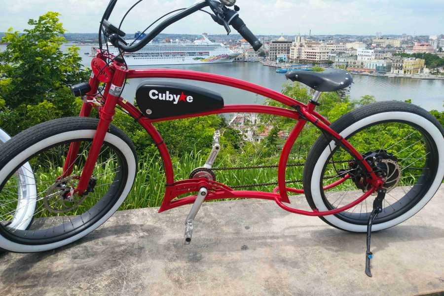 Cubyke Travel Big star of Habana