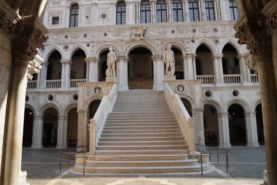 Venice Tours srl The Doge's Palace, old Royal Palace and the Grand Canal by gondola (skip the line)
