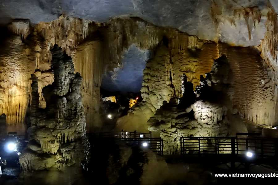 Viet Ventures Co., Ltd Da Nang - Hue - Phong Nha 3 day tour
