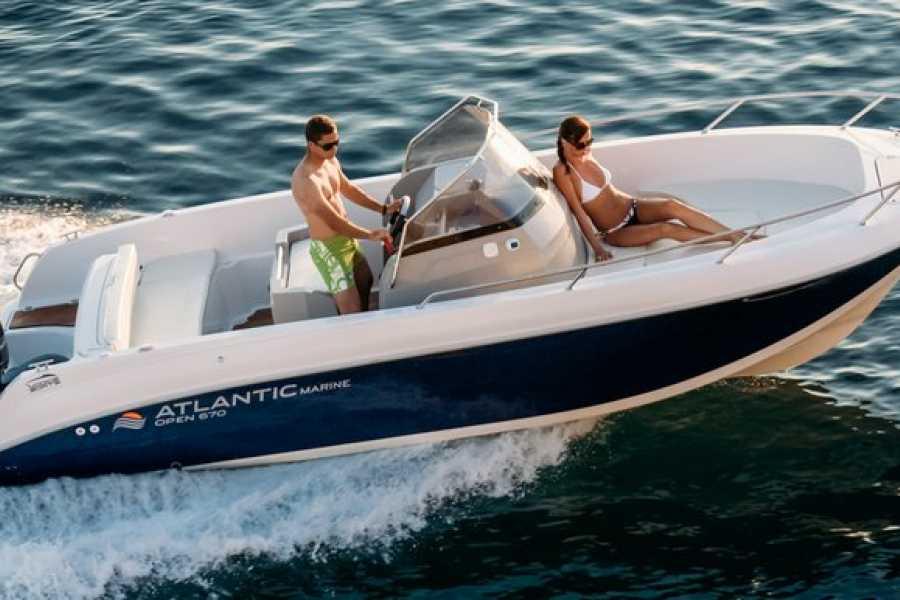Insider Holidays Mr. Slaymaker Boat Hire Payment