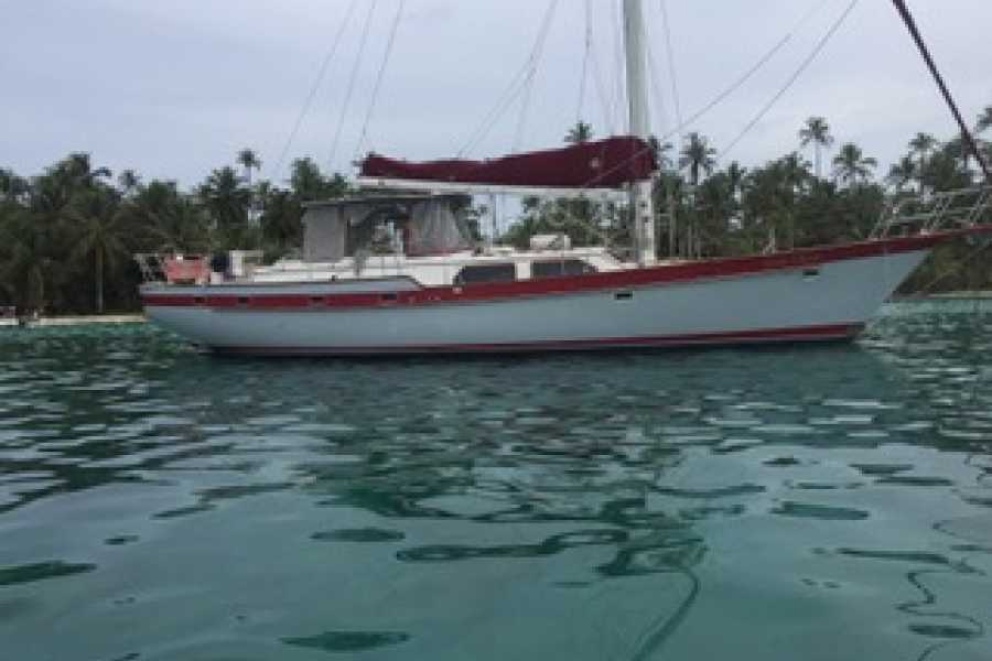 Cacique Cruiser BOAT TO COLOMBIA - The Gray Ghost