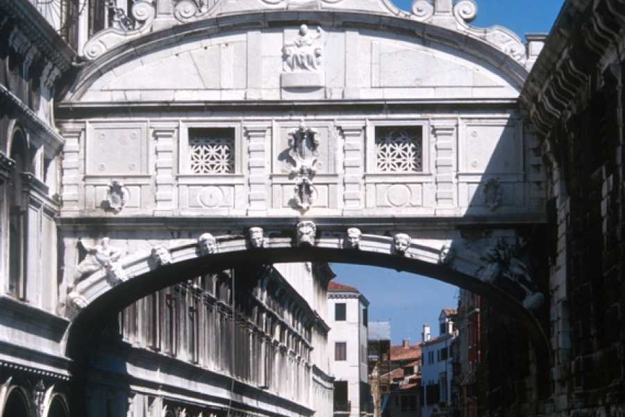 Venice Tours srl Absolute Venice - Walking tour of Venice + The Doge's Palace (skip the line) + The golden basilica (skip the line) and entrance ticket to old Royal Palace!