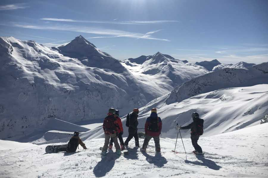 Saas-Fee Guides Avalanche Awareness Training