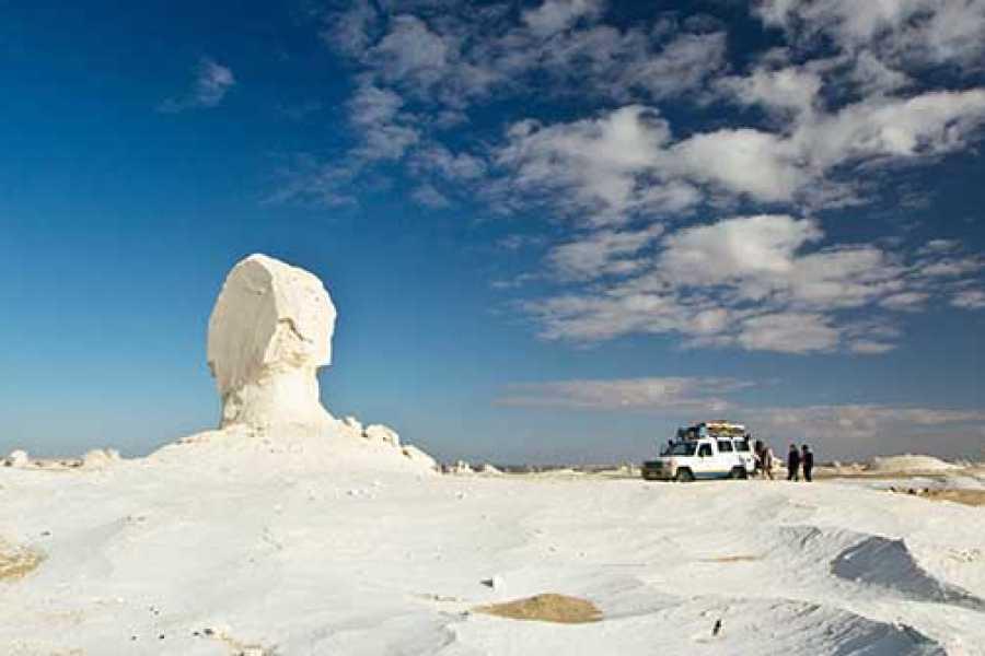 Marsa alam tours 2 days tour to the white Desert  from Hurghada by Flight