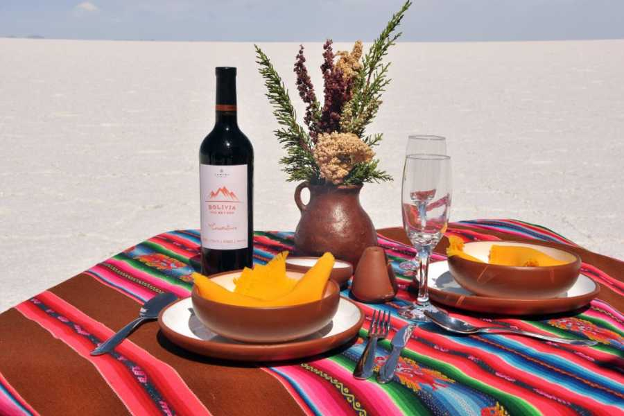 Uyuni Expeditions UNIQUE HOTELS ATACAMA-UYUNI 3D (DRY SEASON)
