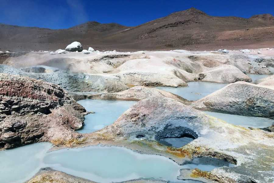Uyuni Expeditions TAYKA ROUTE ATACAMA-ATACAMA 4D / RETURN BY BUS (DRY SEASON)
