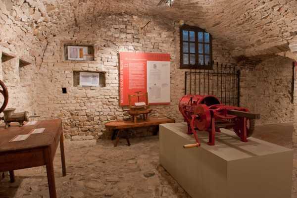 fonte Castello di Felino