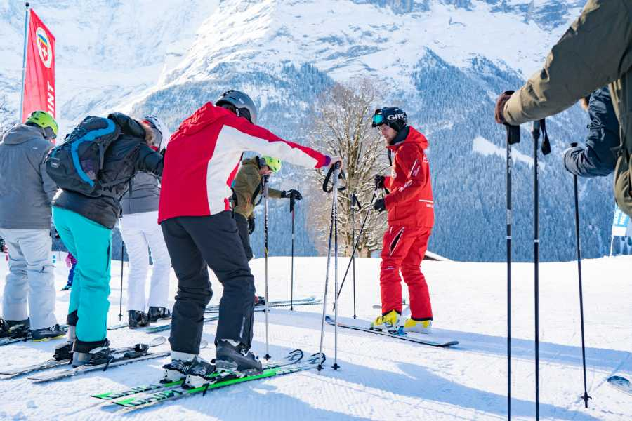 Outdoor Interlaken AG 원데이 클래스 - 스키 (1 Day Beginner Ski Package)