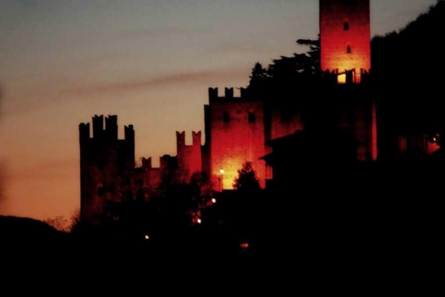 Emilia Romagna Welcome Rocca Viscontea di Castell'Arquato: Il Trono di Sangue