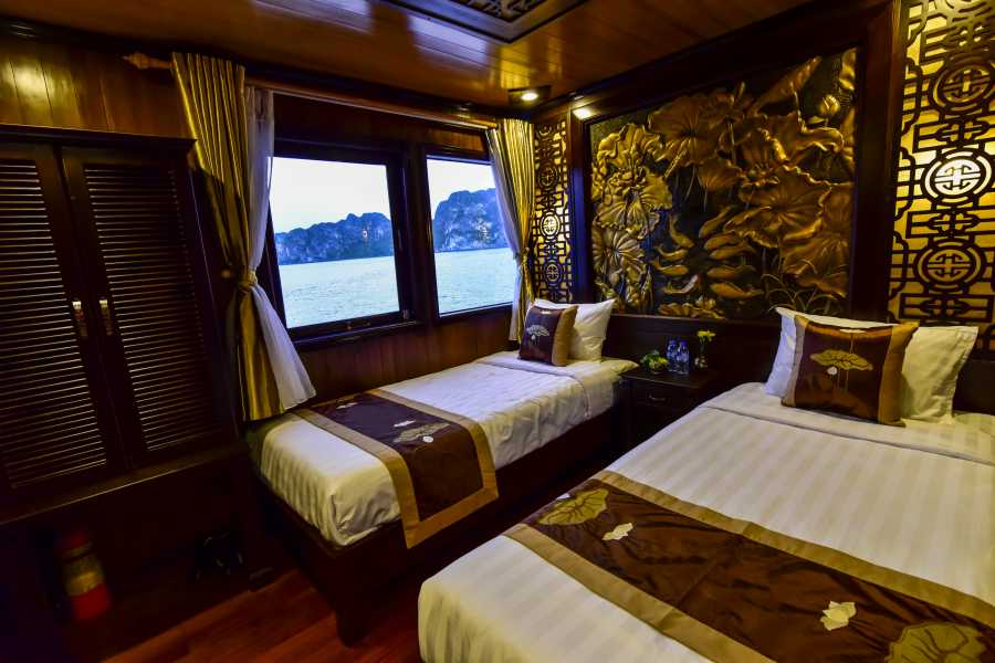 Friends Travel Vietnam Renea Cruise | Halong Bay 2D1N