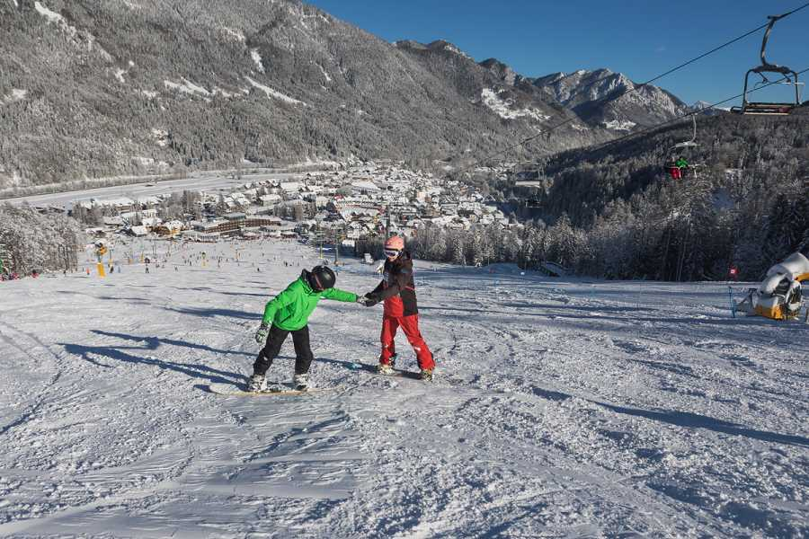 Intersport Bernik Snowboard course