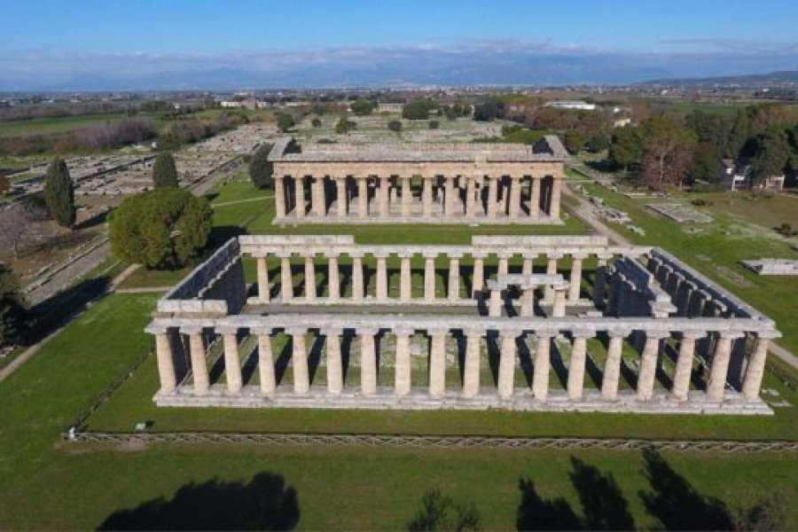 Di Nocera Service 2 Hrs Guided Tour in Paestum