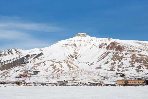 2 days Snowmobiletrip to Pyramiden - Spitzbergen Adventures