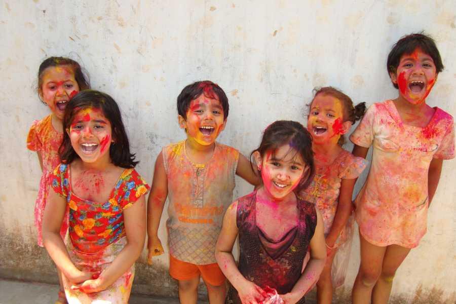 Graffiti Sotto la Lente India - Holi Festival