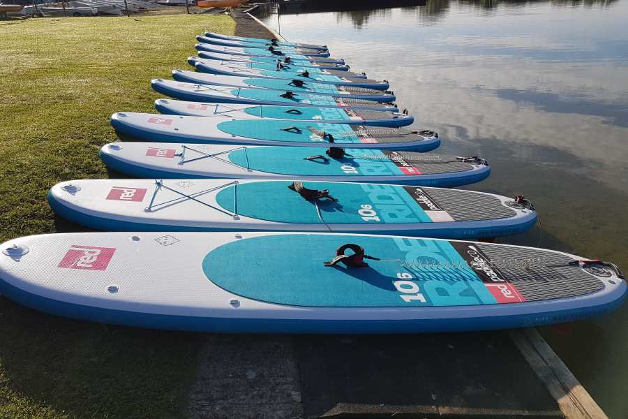 South Cerney Outdoor Paddleboard Taster Session