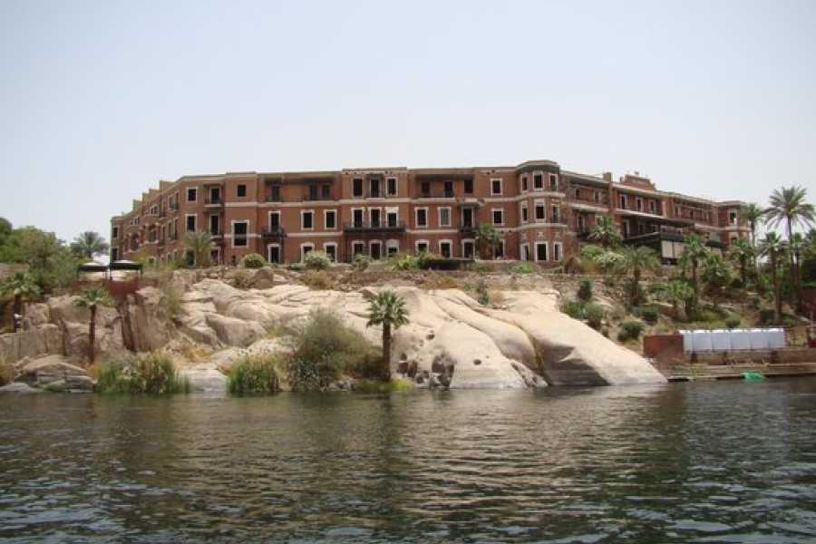 Marsa alam tours Trip to a Nubian Village by Motorboat From Aswan