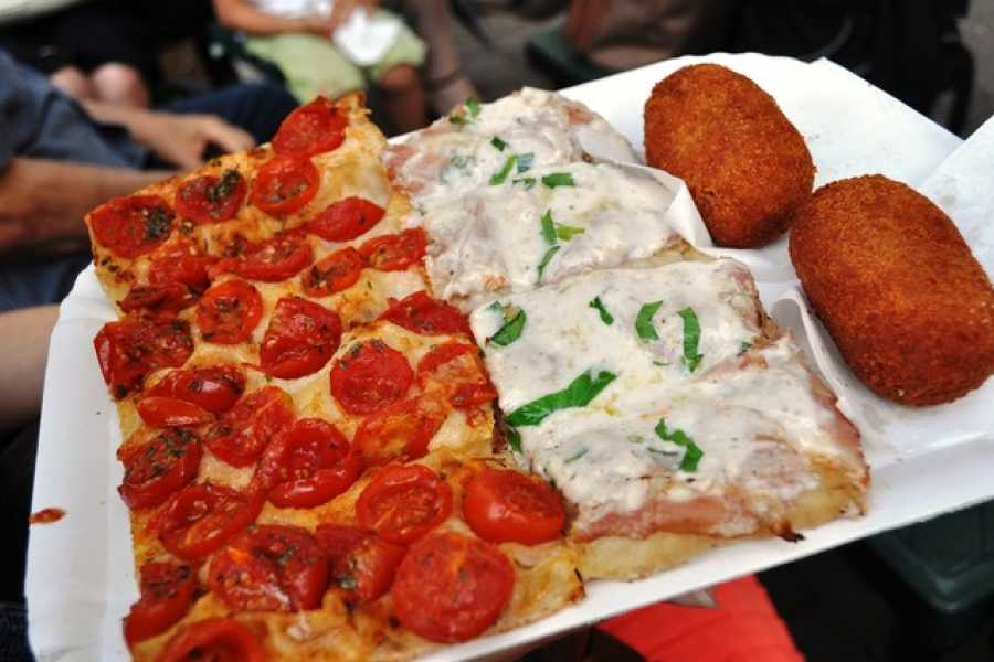 Romanholiday.travel & tours Rome: Monti Street Food and Ancient Rome Guided Tour