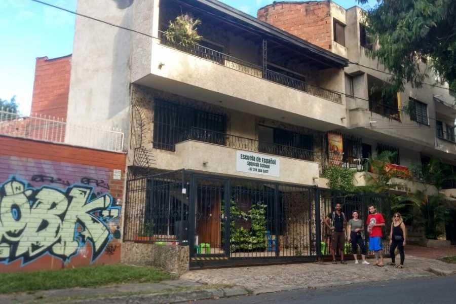 Medellin City Services VIP PLUS PE w C13 barrio PE museum mem house and Guatape w boat & Manuela 20 hrs