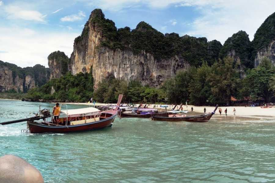 AMICI MIEI PHUKET TRAVEL AGENCY JAMES BOND, KRABI AND PHI PHI IN 2 DAYS 1 NIGHT - SMART TOUR AM017
