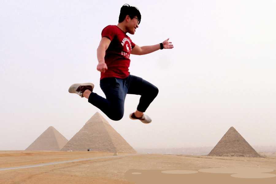 EMO TOURS EGYPT tour to Giza pyramids Memphis Sakkara and Felucca on the Nile