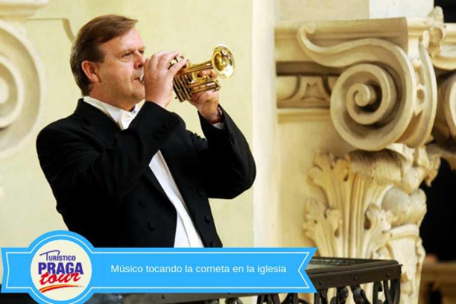 Turistico s.r.o. Concierto clásico en la iglesia de San Nicolás de Praga