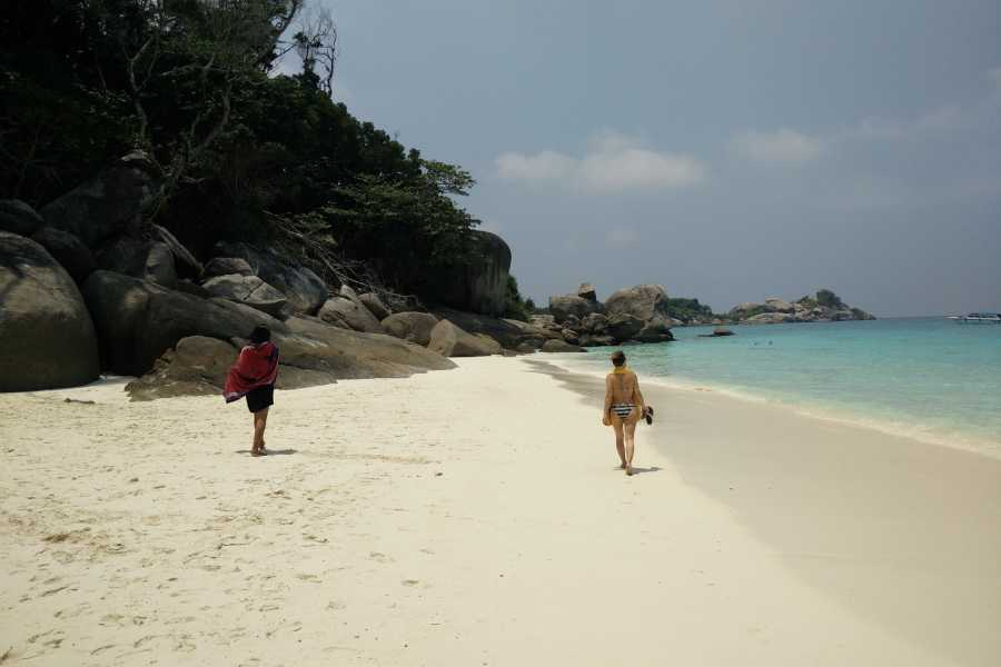 AMICI MIEI PHUKET TRAVEL AGENCY SIMILAN ISLAND NATIONAL PARK FULL DAY TRIP FROM PHUKET - AM012