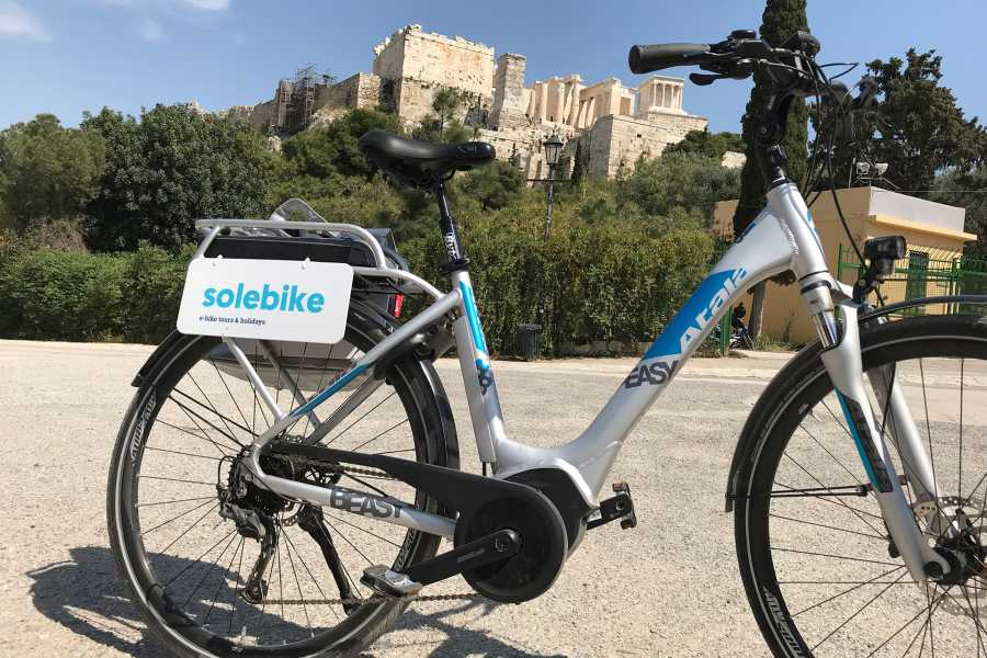 Grekaddict Athens Historical Center e-bike Tour