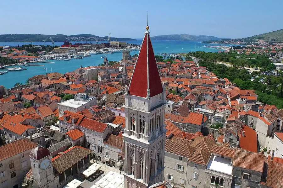 Sugaman Tours Blue Lagoon, Hvar & Trogir Full Day Tour