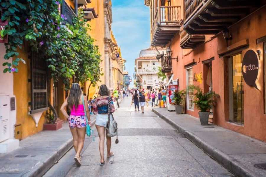Medellin City Tours CARTAGENA'S CUISINE HALF DAY TOUR