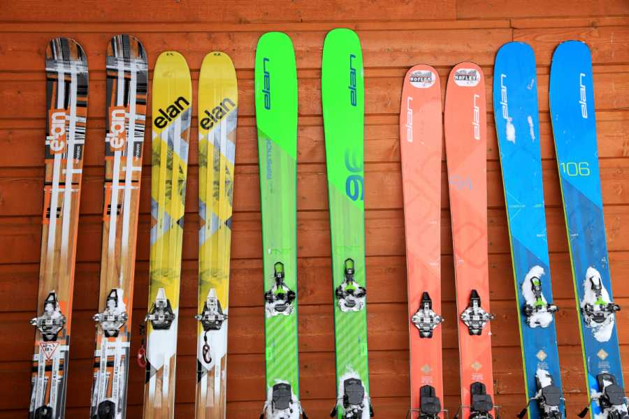 Turistično društvo in Center gorskega vodništva Rent Ski Touring Equipment