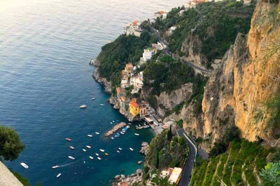 HP Travel Amalfi Coast Day Trip by Bus from Sorrento