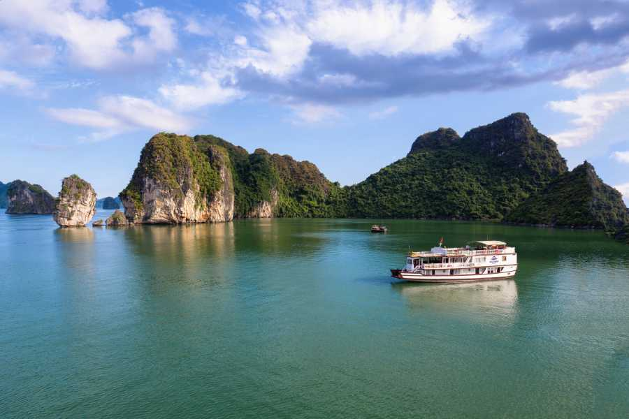 Friends Travel Vietnam Cozy Bay Cruise | 2D1N Halong Bay