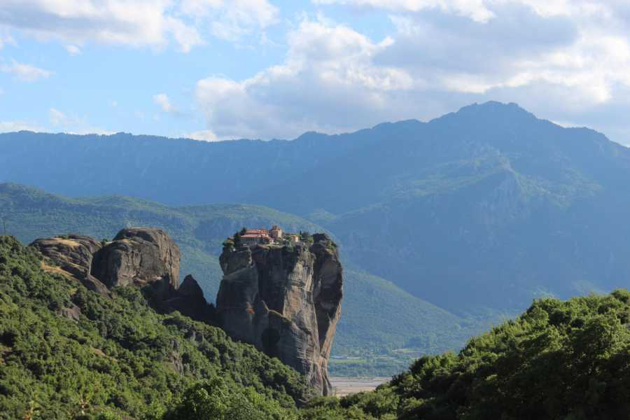 Visit Meteora Private Meteora Half-Day Sightseeing Tour