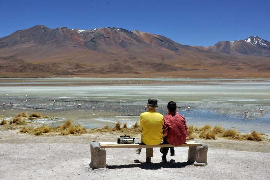 Uyuni Expeditions TAYKA ROUTE ATACAMA-ATACAMA 4D / RETURN BY BUS (RAINY SEASON)