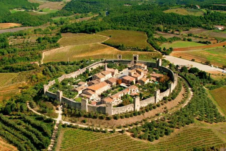 ACCORD Italy Smart Tours & Experiences FRANCIGENA PILGRIMAGE ROUTE FROM MONTERIGGIONI TO SIENA