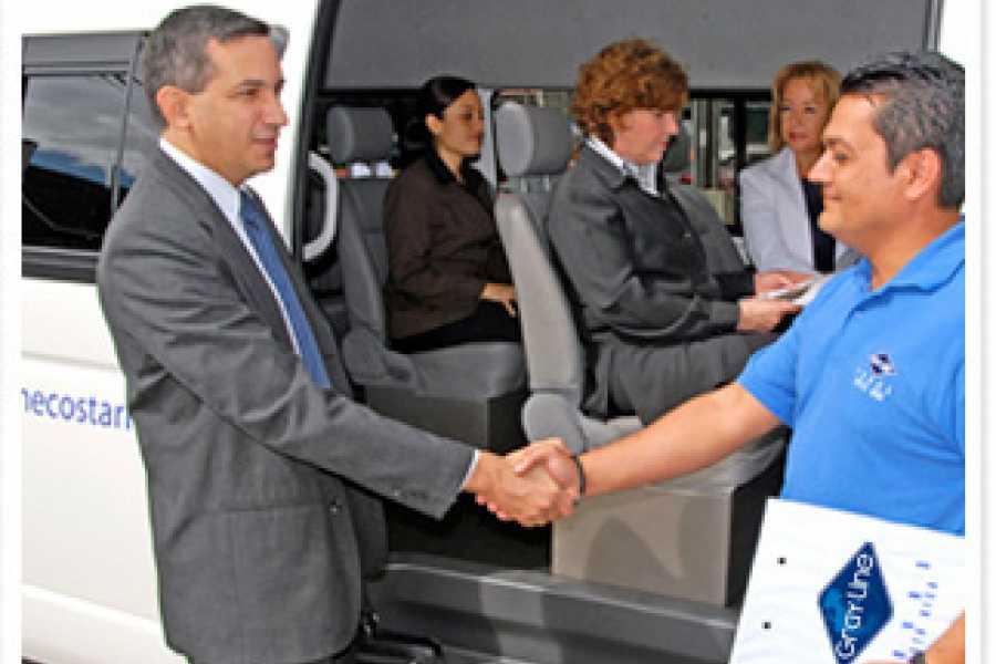 Uvita Information Center Gray Line Shuttle & Transfers arround Costa Rica