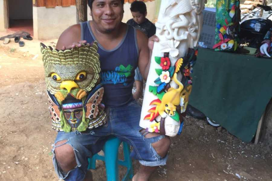 Uvita Information Center Boruca Indigenous Comunity ; Famous mask and handmade fabric tour