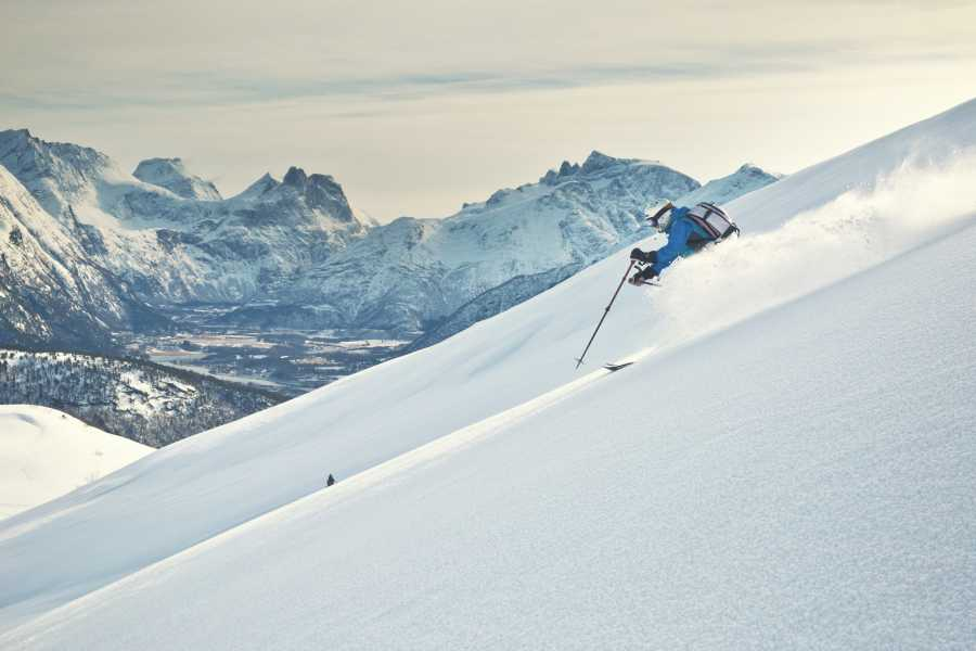 Hotel Aak Ski Touring in Romsdalen
