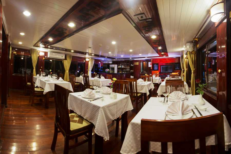 Friends Travel Vietnam Swan Cruise | Halong Bay 3D2N