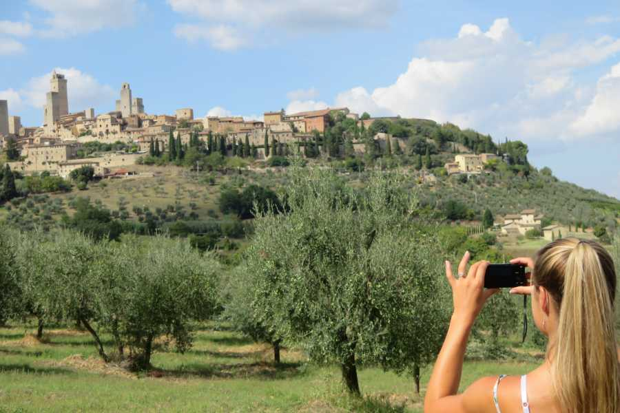 Italy on a Budget tours TUSCANY TOUR BY VESPA