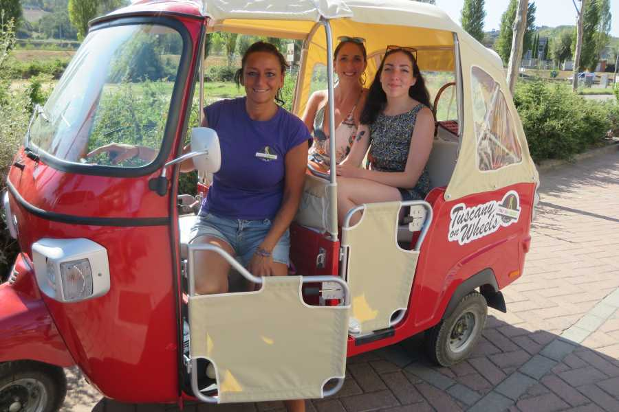 Italy on a Budget tours TUSCANY TUK TUK TOUR FOR 2