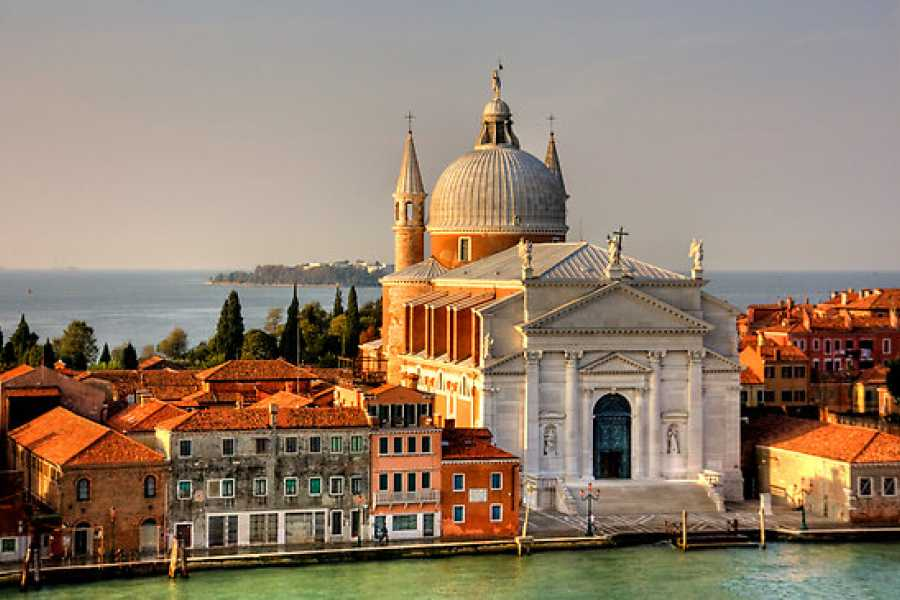 Venice Tours srl Panoramic aperitif on St. Mark's Basin!