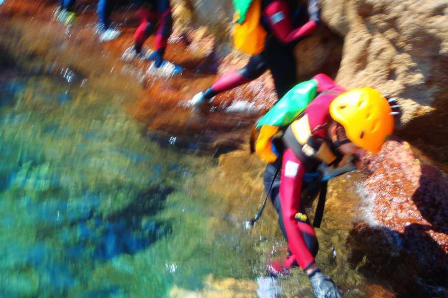 TURURAC. Turismo Activo y de Aventura COASTEERING DENIA