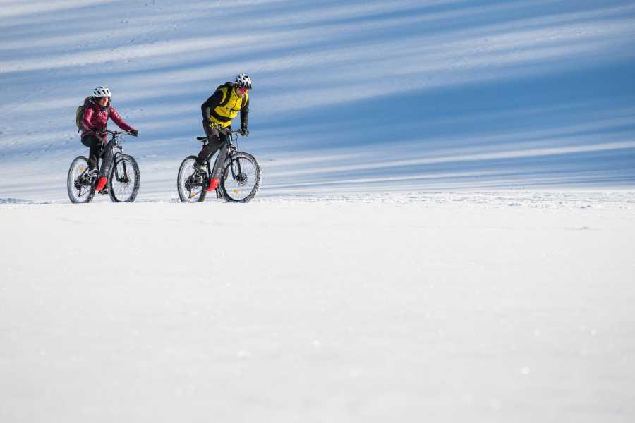 Wildlife Adventures E-bike e ciaspole, weekend alla scoperta delle Mainarde